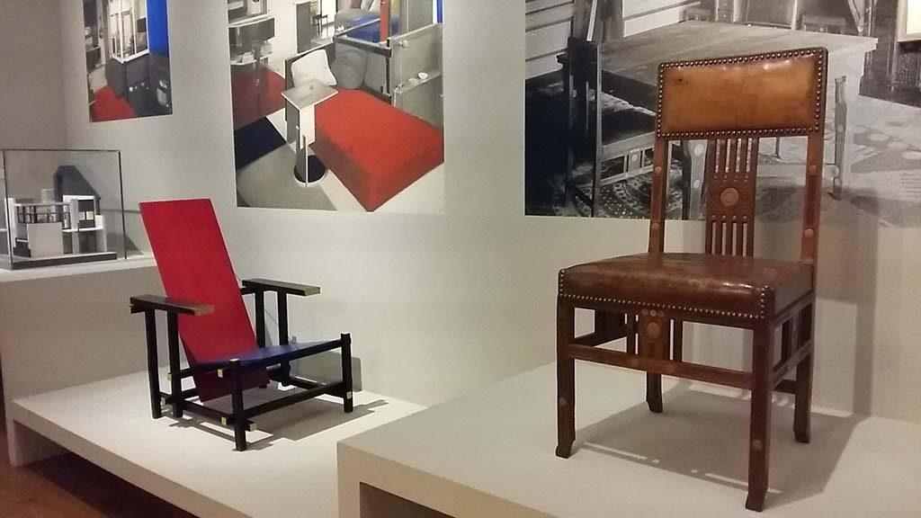 De Stijl Architectuur en Interieur-Gemeentemuseum-Den-Haag-zaaloverzicht-3-foto-Wilma-Lankhors