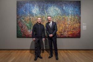 Zeng Fanzhi en Alex Rüger (directeur Van Gogh Museum) foto Sandra @kunstkieken