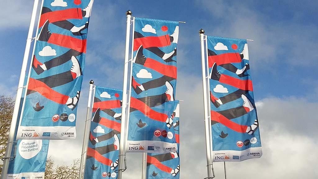 Leeuwarden-Culturele-Hoofdstad-2017-vlaggen-met-logo-foto-Wilma-Lankhorst