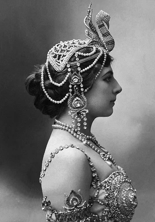 Mata-Hari-in-Wenen.j