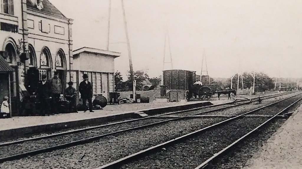 Nunspeet-historische-afbeelding-station-foto-Wilma-Lankhorst