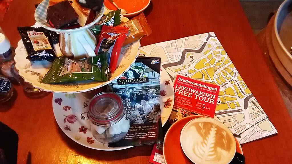 Friese-verhalen-koffie-bij-Spinoza-in-Leeuwarden-foto-Wilma-Lankhorst