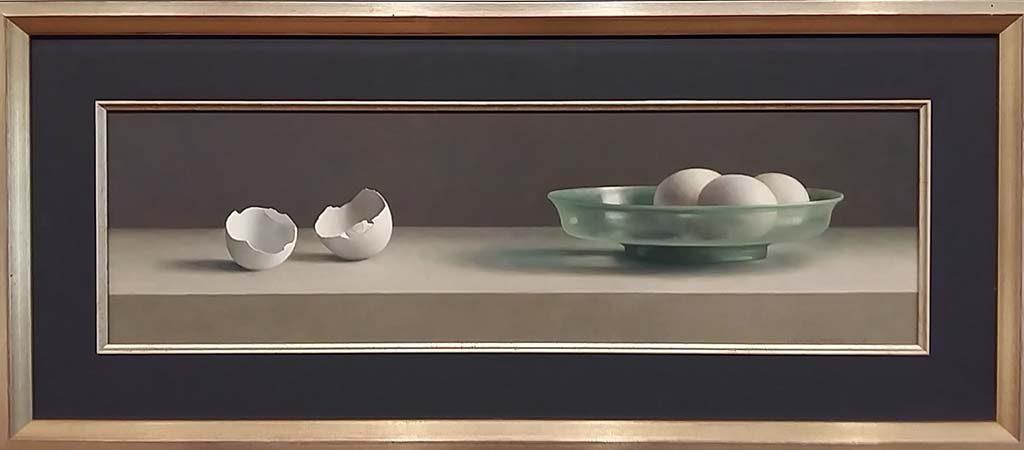 de serene blik Romeins-glas-met-eierschalen-1998-©-Henk-Helmantel-foto-Wilma-Lankhorst