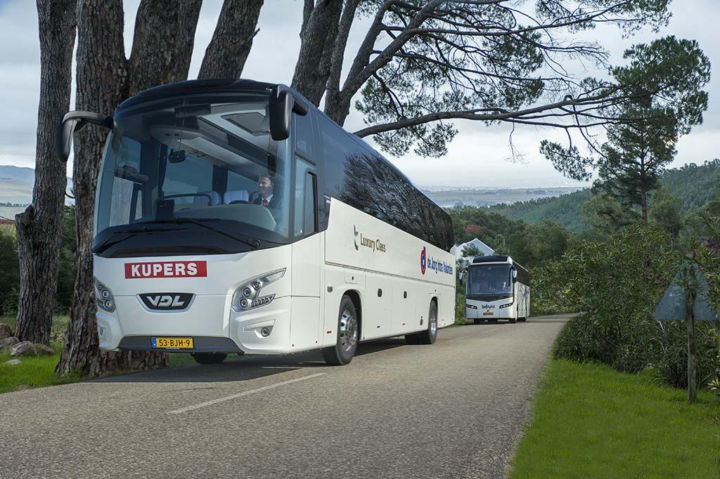 volledig verzorgde busreis De_Jong_Intra-de-vakantie-kan-beginnen.