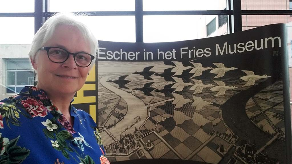 Escher_op_reis_selfie-in-_Fries_Museum-Wilma-Lankhorst.