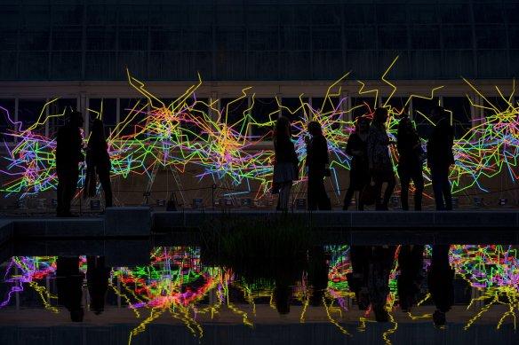 Museum agenda Neon_0206-©Chihuly-Studio
