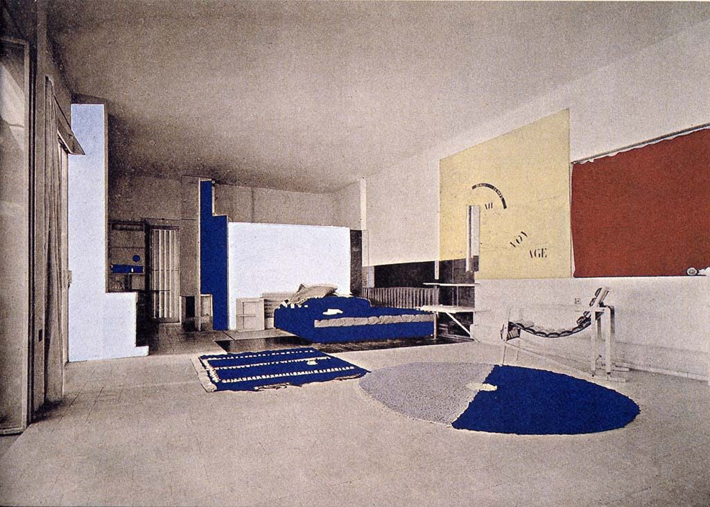 Metz_Eileen-Gray_intérieur-du-living-room_-Maison-en-bord-de-mer_1929.