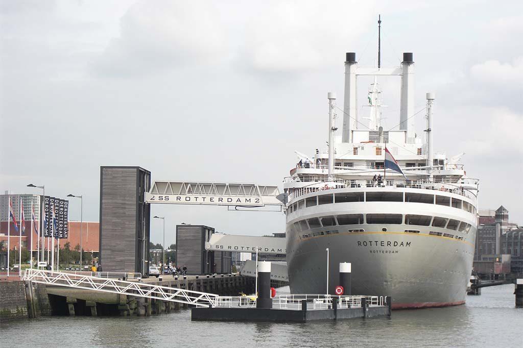Rotterdam-cruiseschip-ss-Rotterdam-foto-Wilma-Lankhorst.