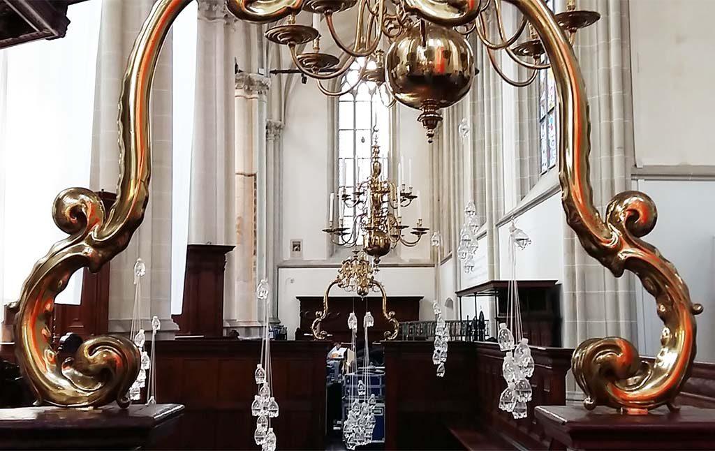 Boeddha-in-de-Nieuwe-Kerk_Free-Fall-2013-©TonetFeher-foto-Wilma-Lankhorst