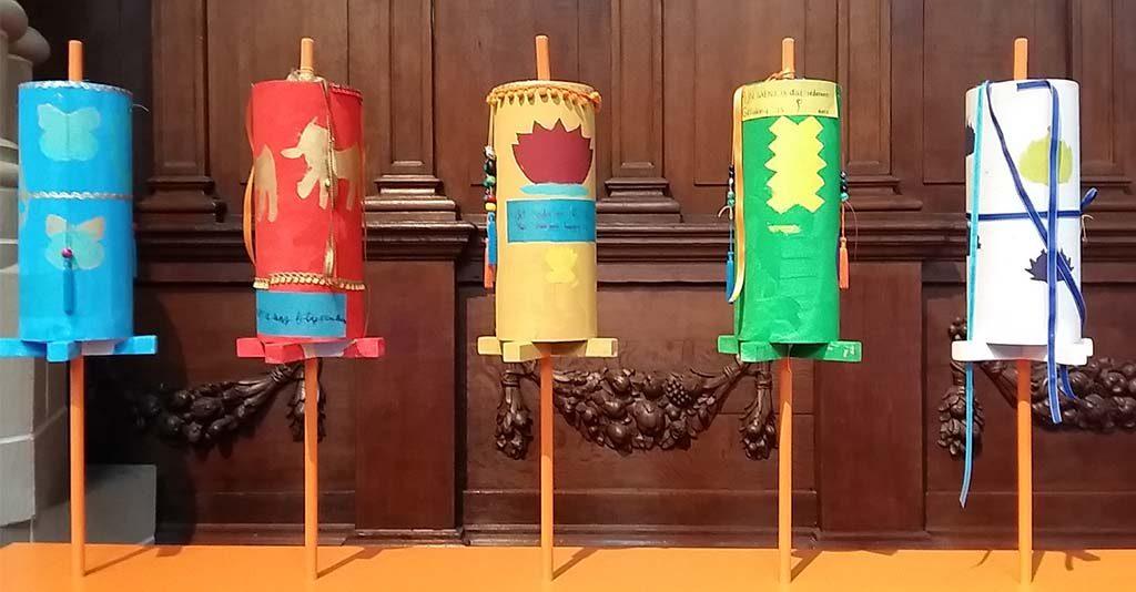Boeddha-in-de-Nieuwe-Kerk_serie-gebedsrollen