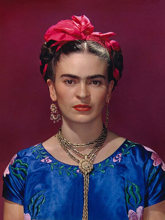 Frida_Kahlo-in-blue-satin-blouse-1939.-Photograph-Nickolas-Muray-©-Nickolas-Muray-Photo-Archives