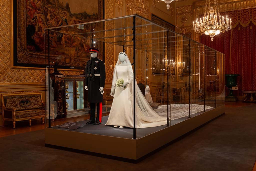 Windsor-Castle-vitrine-a-royal-wedding-©Royal-Collection-Trust