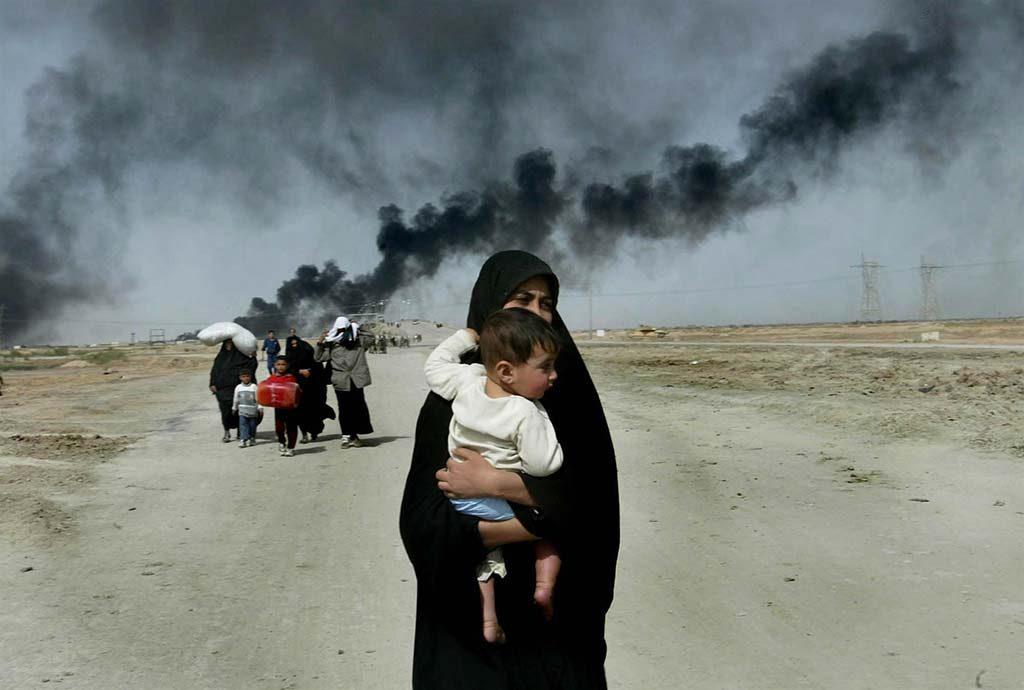 Internationale-Vrouwendag-Zivilisten-auf-der-Flucht-Basra-Irak-foto-Anja-Niedringhaus.