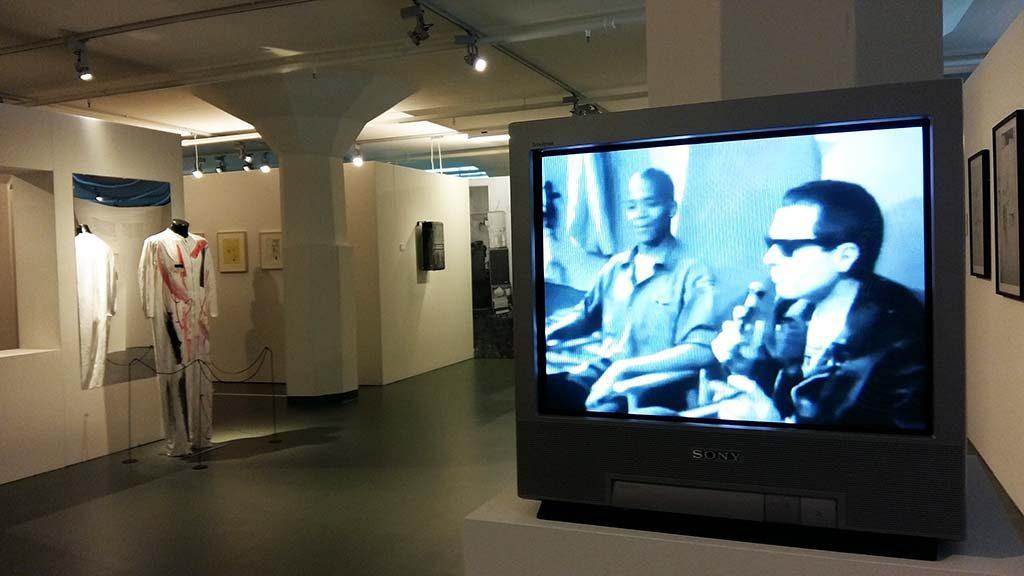 Museum_SCHUNCK_Basquiat-in-de-TV-Party-met-Glenn-OBrien-foto-Wilma-Lankhorst