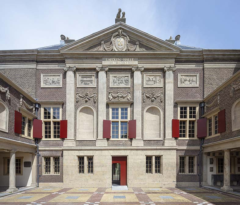 Museum De Lakenhal voorzijde_foto Karin_Borghouts