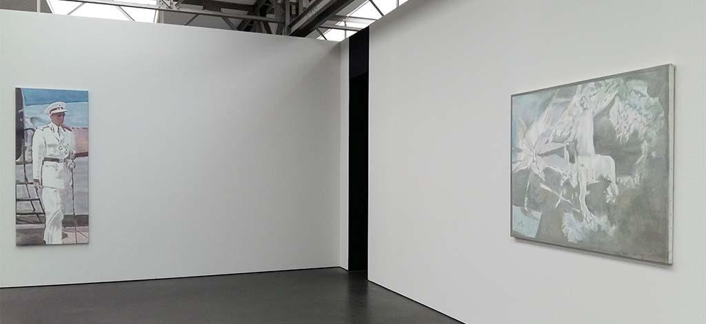 Luc_Tuymans-grote-zaal-de-koning-en-de-aap-foto-Wilma_Lankhorst