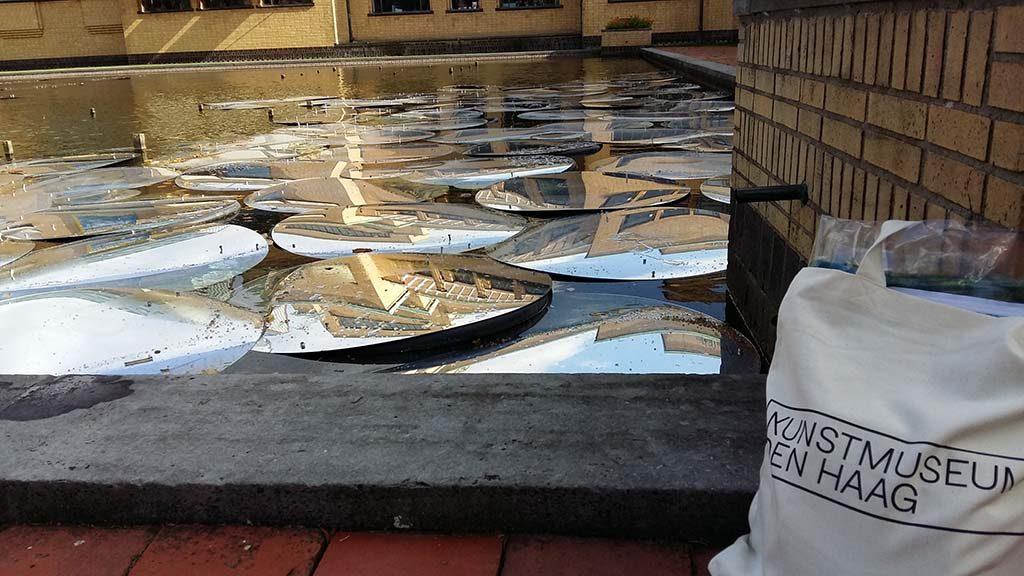 Monet tuinen van verbeelding Kunstmuseum_Den_Haag_waterlelies_Ursula_Palla_foto-Wilma_Lankhorst