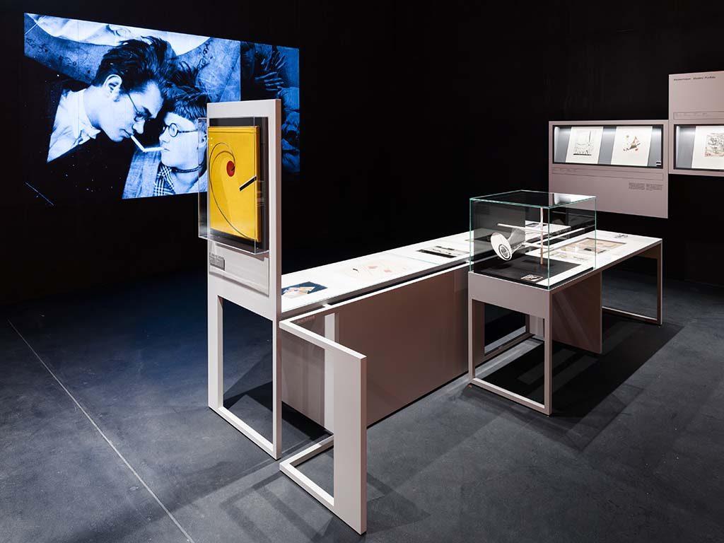 BMD_Versuchsstaette_St.-Bauhaus-Dessau-Foto_-Thomas-Meyer-_-OSTKREUZ-Ausstellungsgestaltung-und-Szenografie_-chezweitz-GmbH.