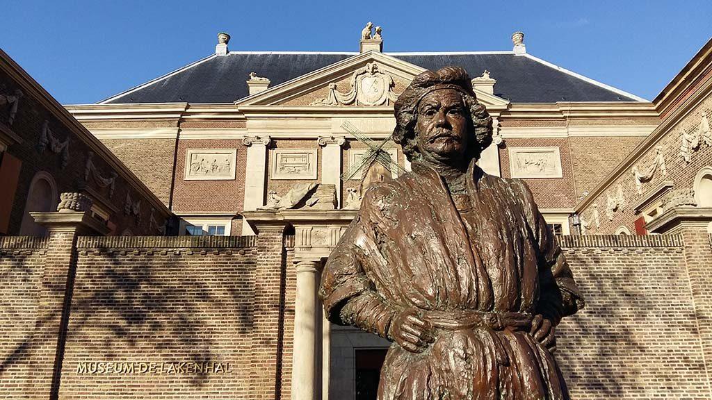 Leiden_de_jonge_Rembrandt_Rembrandt-beeld-Gabriel-Sterk-2004-2005-foto-Wilma_Lankhorst