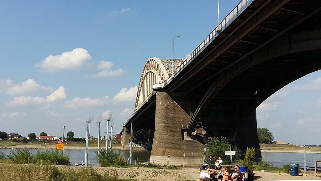 Waalbrug-de-Kaaij-Nijmegen
