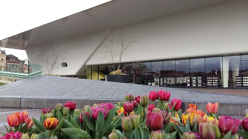 Thuismuseum Stedelijk Amsterdam voorjaar foto Wilma Lankhorst