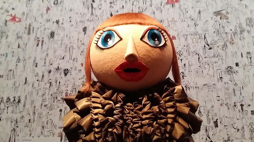 Viktor_en_Rolf_Action-Dolls-2017-18_Kunsthal-Rotterdam-©Wilma-Lankhorst