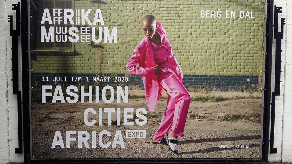 Fashion_Cities_Africa-campagnebeeld-buiten-©-foto_Wilma_Lankhorst