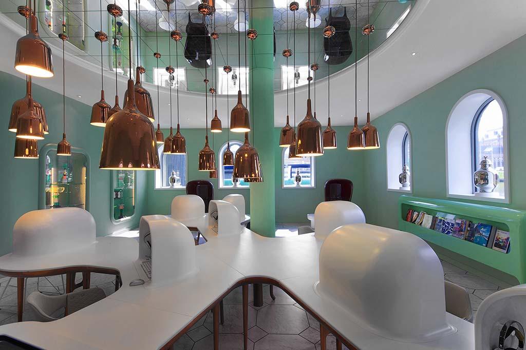 Groninger_Museum_Info_Center_ontwerp_Jaime-Hayon © Groninger Museum foto Erik en Petra Hesmerg