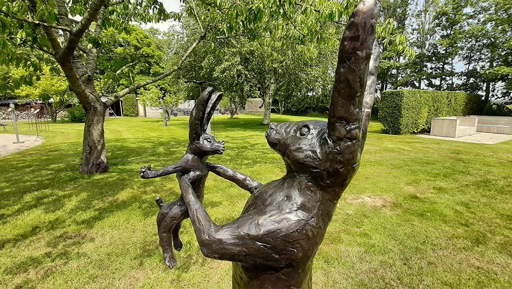 Kunstronde_over_Texel Happy (detail) brons © Hélène Steenhof - De Weezenplaats © foto Wilma Lankhorst