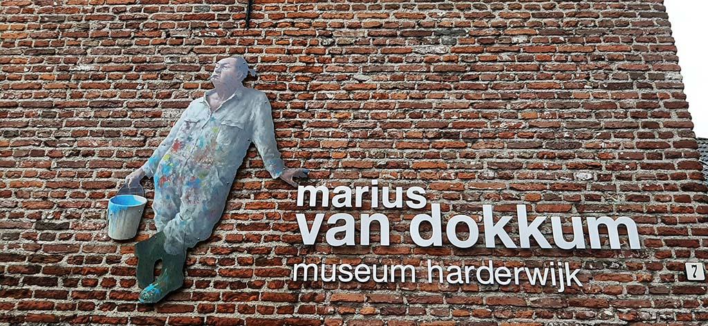 Marius_van_Dokkum_museum_buiten © foto Wilma_Lankhorst