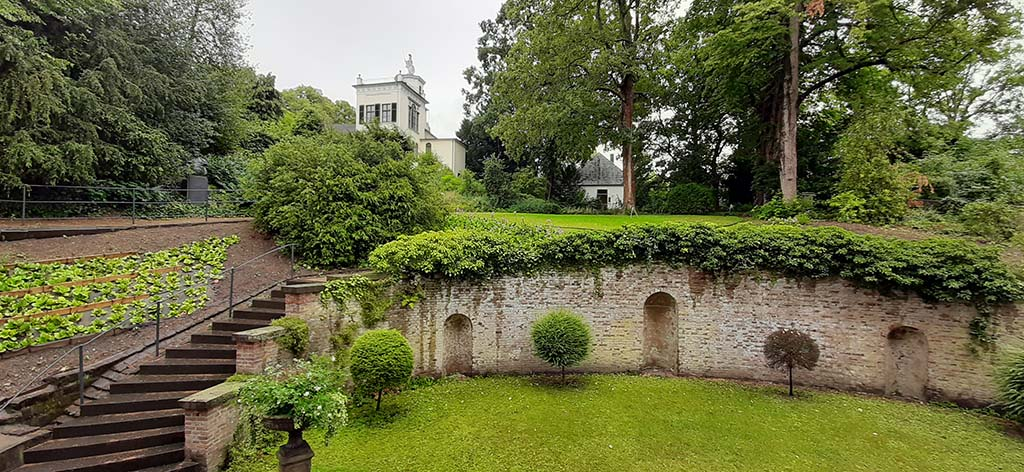 Koekkoek Huis Kleve tuin met Belvedere © foto Wilma_Lankhorst