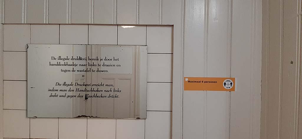 Aalten_Nationaal_Onderduikmuseum toegang op zolder © foto Wilma_Lankhorst