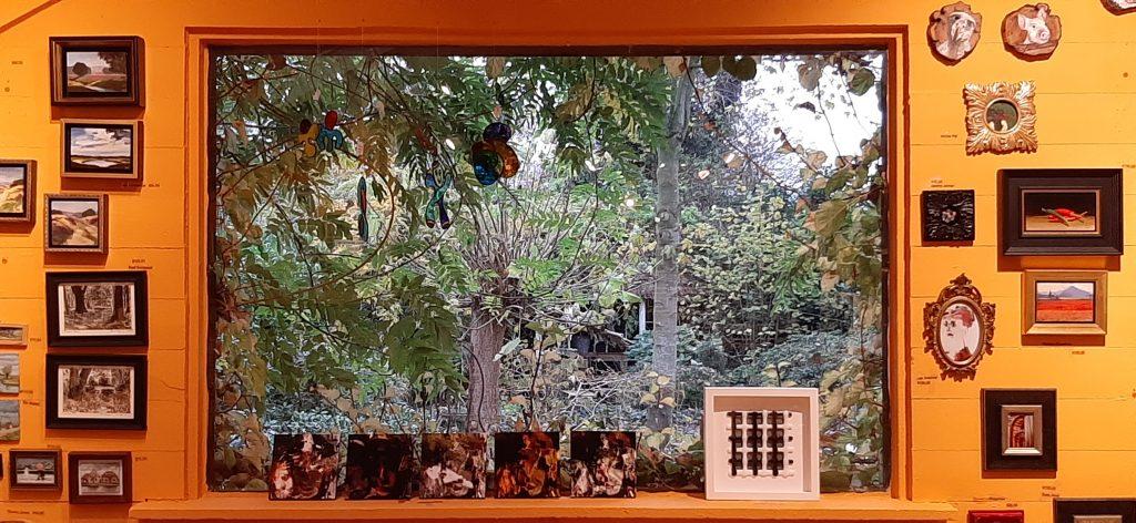 Galerie Paterswolde sfeerfoto met tuinzicht © Wilma_Lankhorst