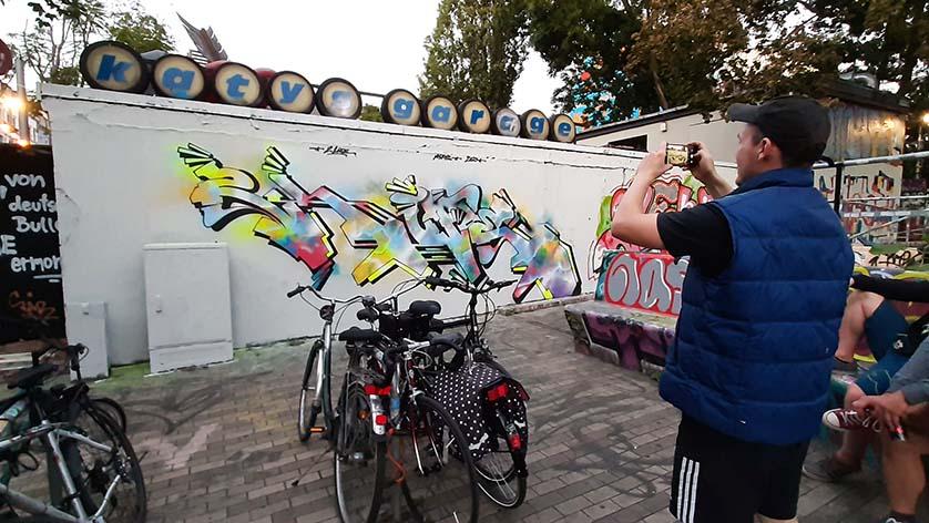 Dresden_street_art Neustadt_Katys_Garage_2Life_fotografeert eigen werk © foto Wilma_Lankhorst