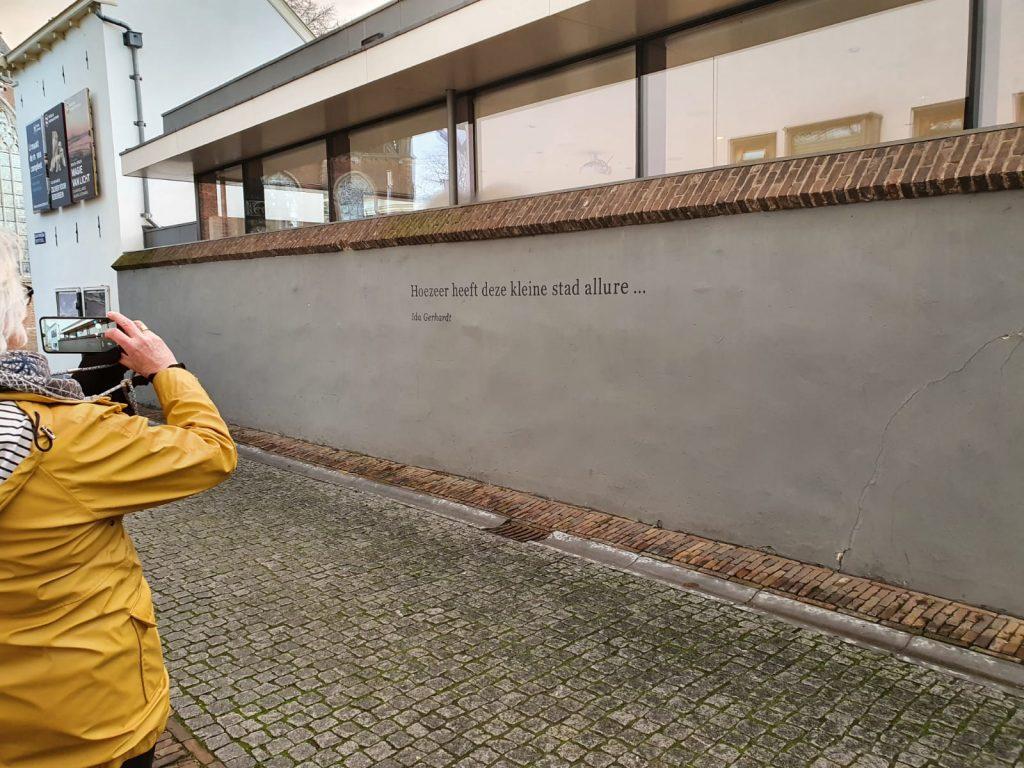 muurpoëzie Zutphen Ida_Gerhardt_Dolen en dromen © foto Wilma_Lankhorst