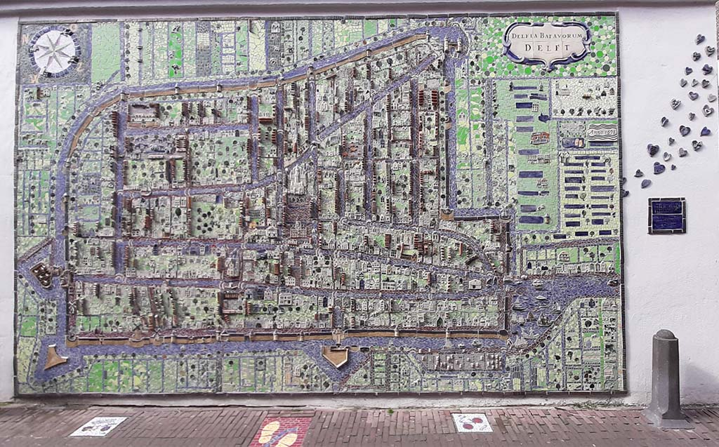 Street_art_Delft Keramiekenkaart van Delft (2020) © Nan Deardorff-McClain © foto Wilma_Lankhorst.