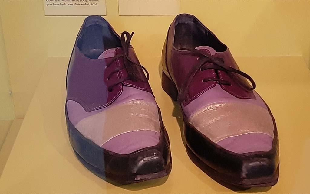 Slavernijverleden schoenen hoofdpiet Erik van Muiswinkel Sinterklaas-Journaal tot 2016 © foto Wilma_Lankhorst