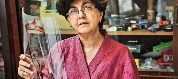 Nalini Malani in haar atelier in Bombay © Nalini Malani.